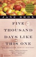 Five thousand days like this one : an American family history  (Large Print) (LARGE PRINT)