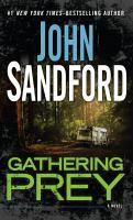Gathering prey : [a novel] (LARGE PRINT)